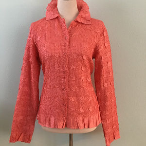 Super Lightweight Rose-Colored Textured Top